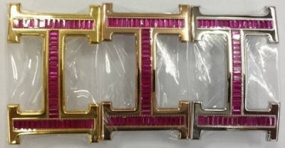 Hermes 18k Buckle With Crystal Red