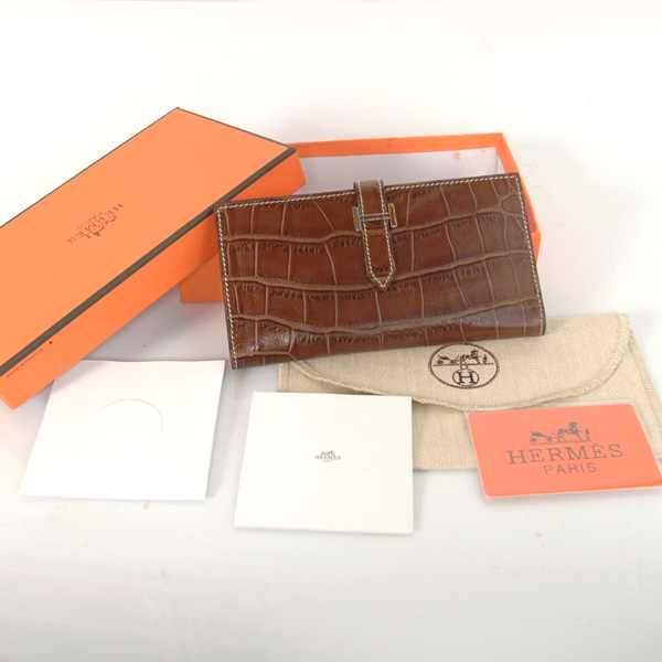 H2WCSLK Hermes 2 fold wallet Crocodile stripes leather in Khaki